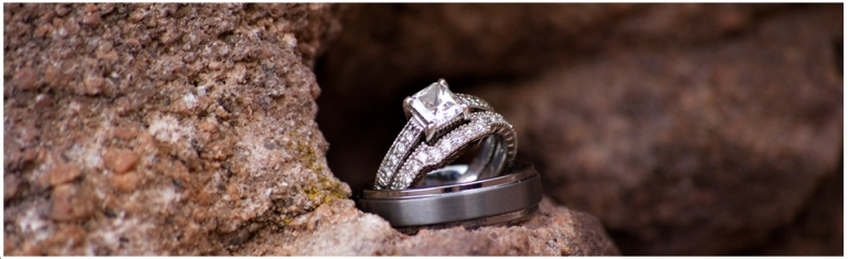 wedding rings on rocks, red rocks with wedding rings