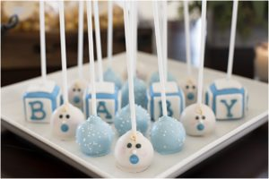 cake pops, blocks, baby face, blue, white, baby shower
